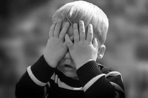 """孩子被""""语言暴力""""会有多疼? 摧毁他,可能只需要一句话……"""