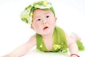 宝宝在夏季发热时,需要怎样护理?