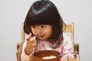 日本孩子免费上幼儿园,这8个细节令人细思极恐