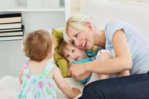 秋天孩子总咳嗽,做好这4点保护孩子不生病!