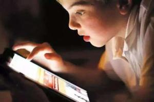新华时评:不要让孩子迷失在网游丛林