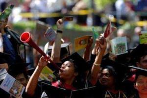 新西兰一国际学校被停招生 上百亚裔学生面临遣返