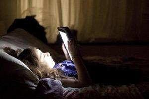 11岁女孩沉迷游戏 偷偷花掉爷爷2万多看病钱