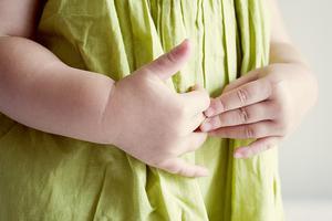 秋季小兒腹瀉護理 這些流行的方法妥當嗎