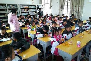 """杭城不少小學取消課間餐 """"眾口難調""""是主因"""