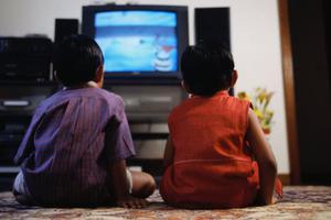 """当孩子说:""""妈妈,我想看电视""""时,你的回答决定孩子层次!"""