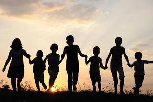 人民日报:让每个孩子都有成才的机会