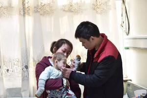 1岁男童患世界罕见怪病非常残忍 全球只有40余例