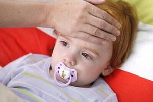感冒发烧后 爸妈小心孩子继发分泌性中耳炎