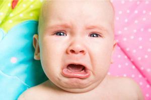 新生儿哭闹 妈妈要读懂宝宝哭声里的密码