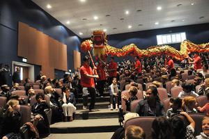 这?#28966;?#25226;汉语列入小学课程:让下一代掌握汉语