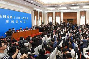 西安7名中学生模拟提案提交全国?#20132;?#30340;背后