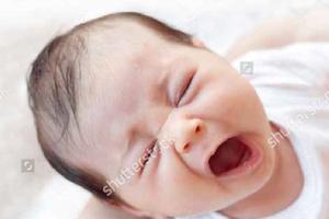 宝宝2个月2周喂养与护理:流口水并不代表要长牙