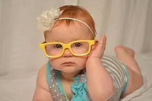 预防青春期孩子近视,眼科医生说了5个绝招!