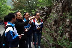杭州:不得以研学旅行为名开?#24618;?#21033;性竞赛活动