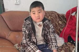 3岁男孩被藏獒咬断喉咙 如今9岁有望过正常生活