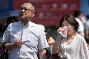 日本多地突破30度以上高温 47名中小学生中暑送医