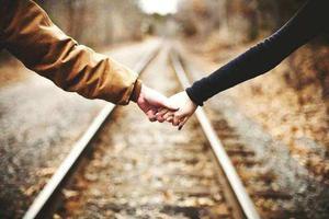 结婚率五连降 这届年轻人:婚姻不再是人生必选项?