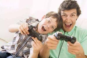 孩子天天玩游戏 家长怎么办?