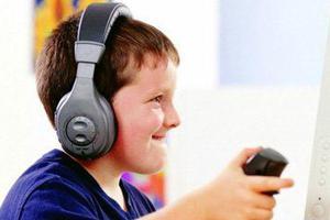 """为买网游装备 12岁小学生一月多""""刷""""掉父亲27万"""