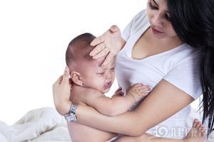 孩子长牙齿会发烧吗?长牙发烧该如何护理?