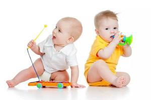 如何利用玩具进行早期教育?