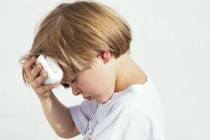 儿科专家张思莱:孩子为什么反复有节奏地撞头?