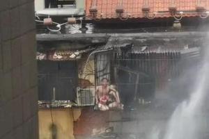 广州民房火灾惨烈现场:妈妈护女丧生 爸爸重伤