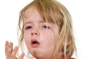 宝宝出现咳嗽哭闹需不需要治疗?