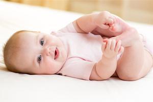 宝宝嗓子总是发炎的原因有哪些?