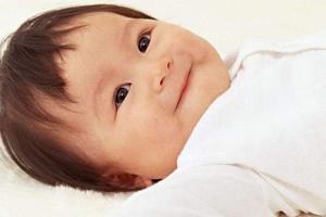 新生儿眼屎增多和上火有没有关系?