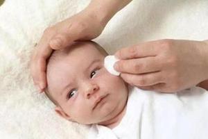 夏季宝宝湿疹多发 三分靠治七分靠养