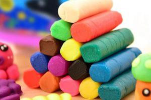 深圳抽检儿童软泥玩具 包括得力等品牌八成不合标准
