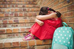 别让小事成为引发消极情绪的炸弹