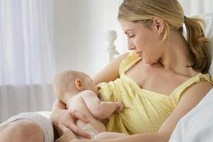 """哺乳妈妈看过来 宝宝""""粮仓""""养护大全"""