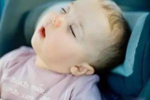 幼儿睡觉打呼噜需警惕腺样体肥大