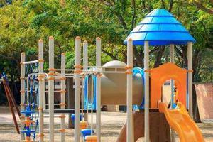 5岁女童摔下致十级伤残 幼儿园负全责赔21.8万