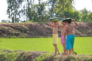 孩子总是不融入集体活动怎么办?