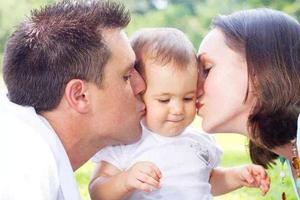 """为了宝宝的健康 请与他们""""亲密有间"""""""
