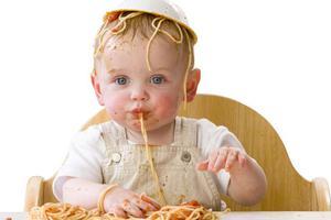 原来吃饭这件事 还藏着宝宝和妈妈的关系啊