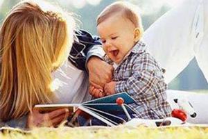 0-1岁宝宝应该玩些啥?(分阶段)
