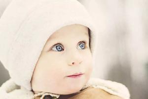 小贴士:宝宝过冬皮肤保养修剪指甲