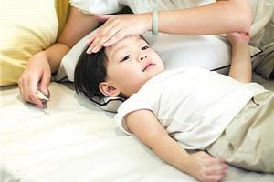 孩子感冒发烧后 小心继发分泌性中耳炎
