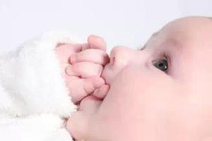 宝宝口腔异味是怎么回事?