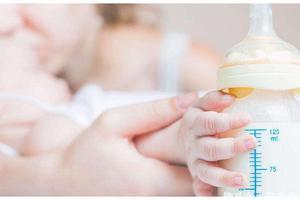 新生儿三天没拉臭臭怎么办?
