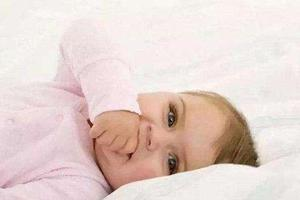 《张思莱小课堂》第9期:宝宝爱吃手要如何纠正?