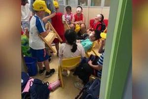 新京报:教室就别装什么紫外线消毒灯了