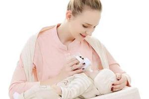 母婴周刊:国内最长育儿假出台 可陪孩子到1岁!