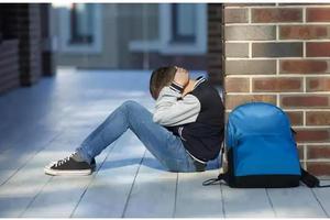 10歲男孩寫作業被父母批評 負氣深夜離家出走