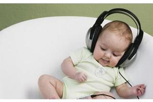 孩子多大可以使用耳机?
